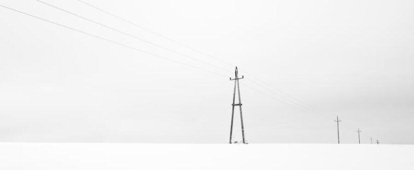 La luz solo sube un 2,8% por la eólica mientras la ola de frío dispara su precio en Europa
